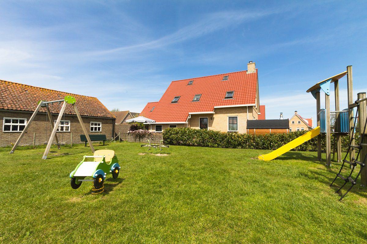 NagtegaalFoto - vakantieappartement Ameland Nes luxe Olivier met speeltuin