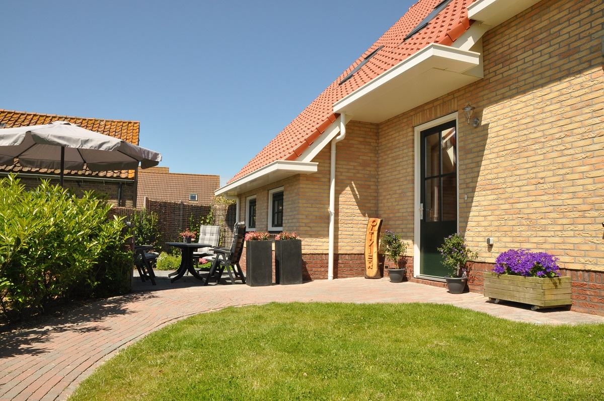 NagtegaalFoto - vakantieappartement Ameland Nes luxe Olivier prive terras